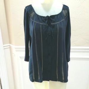 Deletta navy blue blouse with lace details